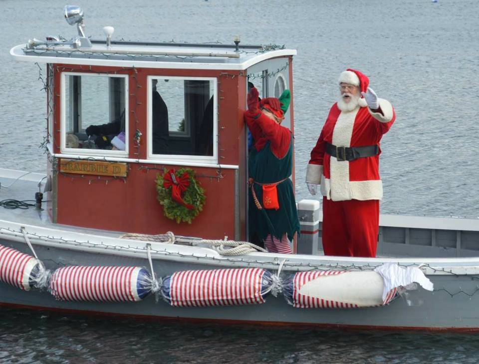 Christmas By The Sea Camden Maine.Christmas By The Sea 16 Bay View Camden Maine
