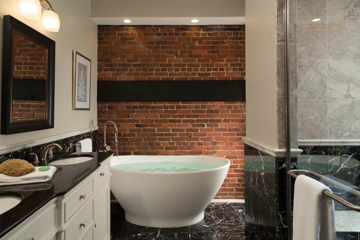 Camden Harbor Suite Bathroom