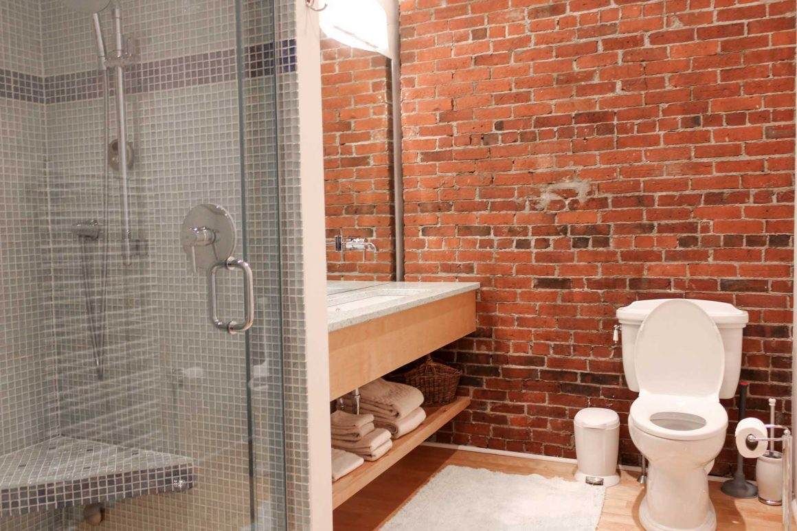 Camden Harbor Loft Bathroom