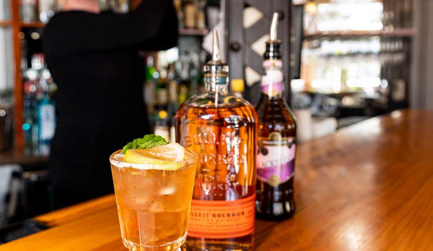 Bourbon Vs. Tequila – 6 Great Cocktail Recipes